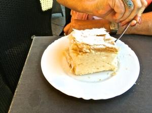Samoborska kremsnita (samobor  cream cake)