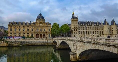 Paris-54