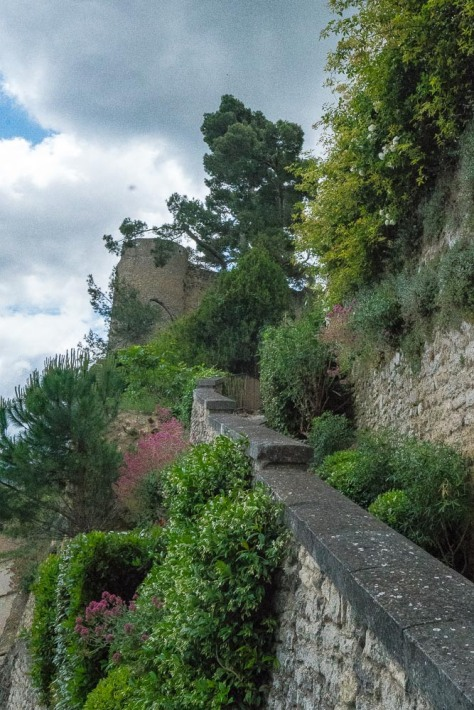 Luberon Hill Towns-246