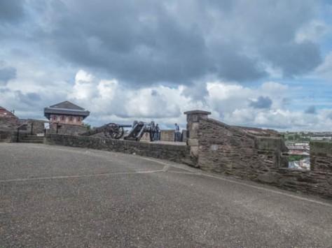 Derry-28