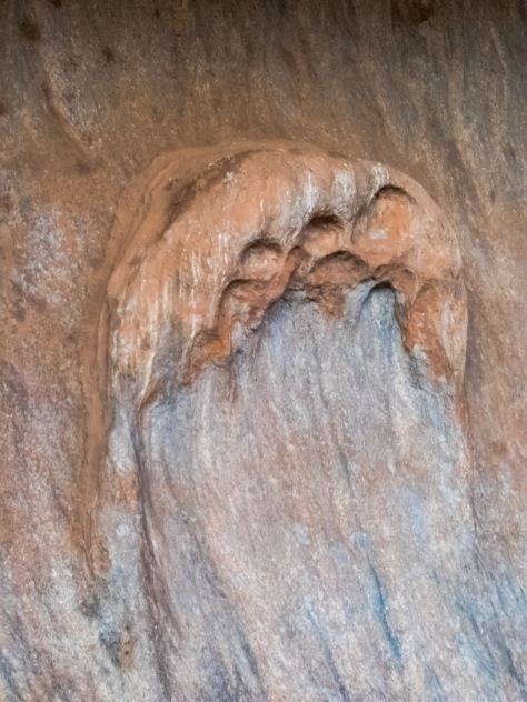 Uluru-272
